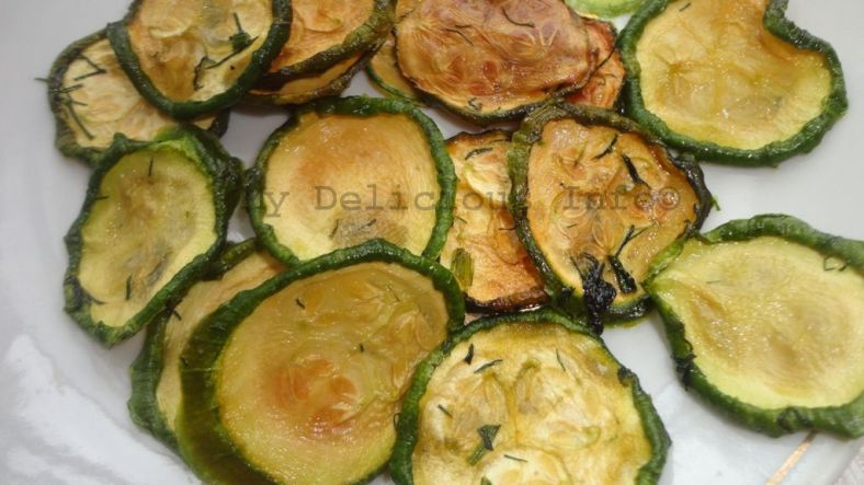 Zucchini chips dehyrdated