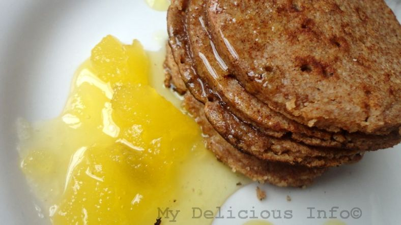 Rice and apple flour pancakes
