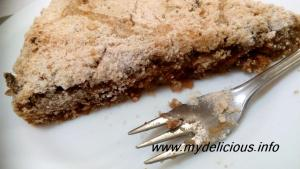 Apple flax seeds cake